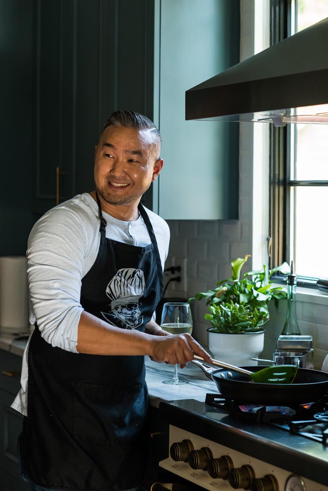 Chef Michael Oh cooking class